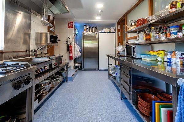 Cocina Restaurante en Agés
